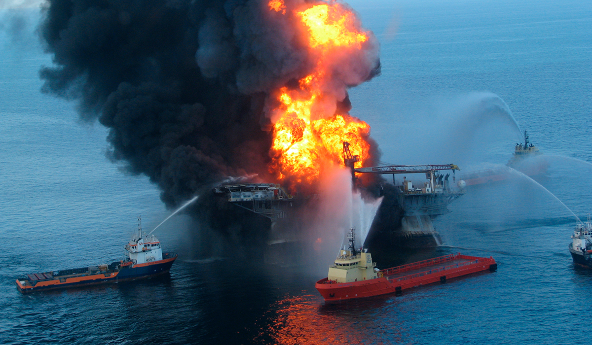Explosion in an oil and gas articles.